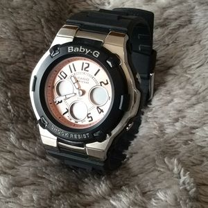 Baby G watch rose gold tone dial😍